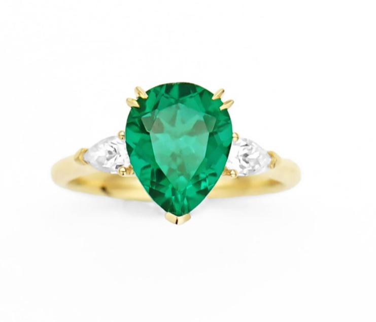 Emerald Ring 530$