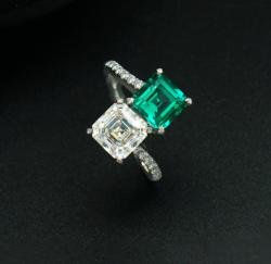 Emerald Ring 635$