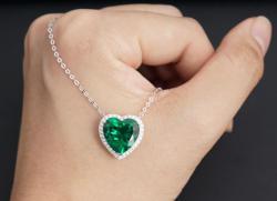 Emerald Necklace 600$