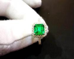 Emerald Ring 500$